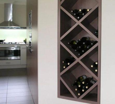 tủ rượu âm tường cho không gian phòng nhỏ